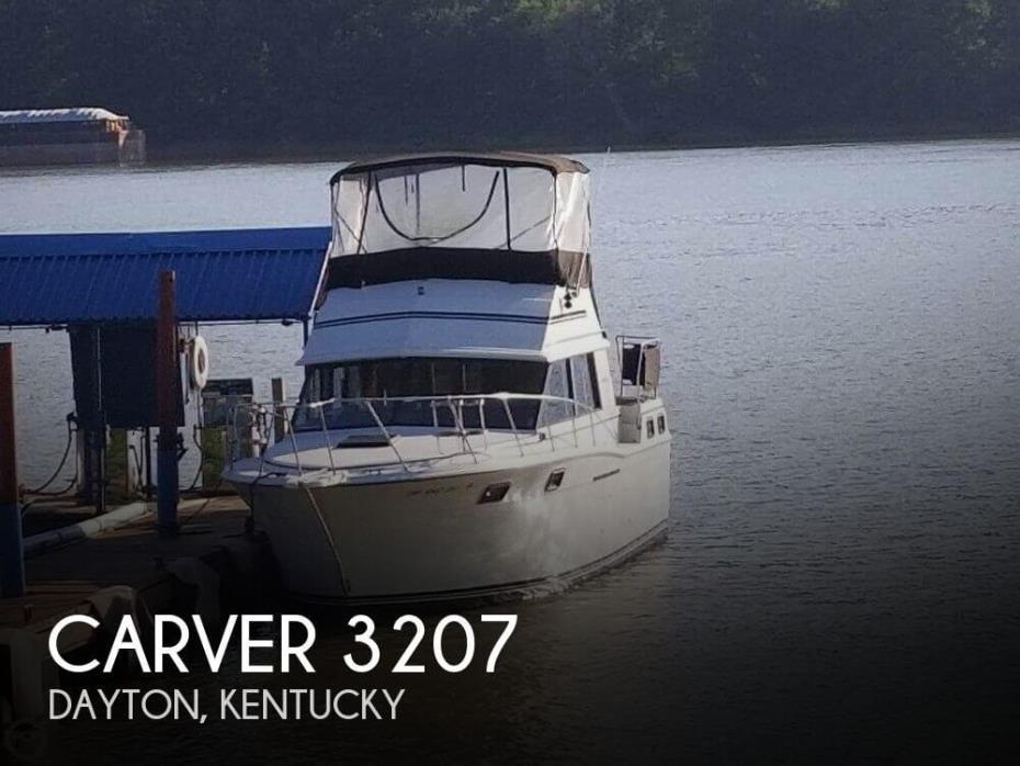 1983 Carver 3207