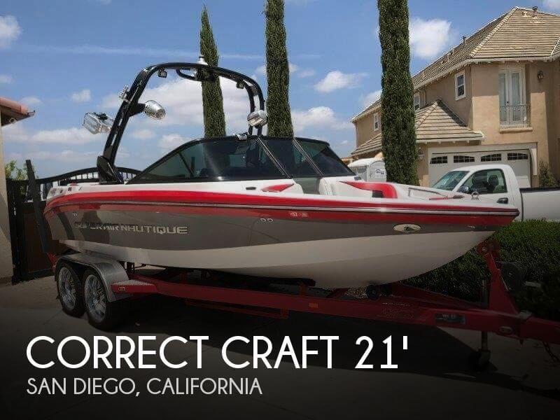 2011 Correct Craft Super Air Nautique 210