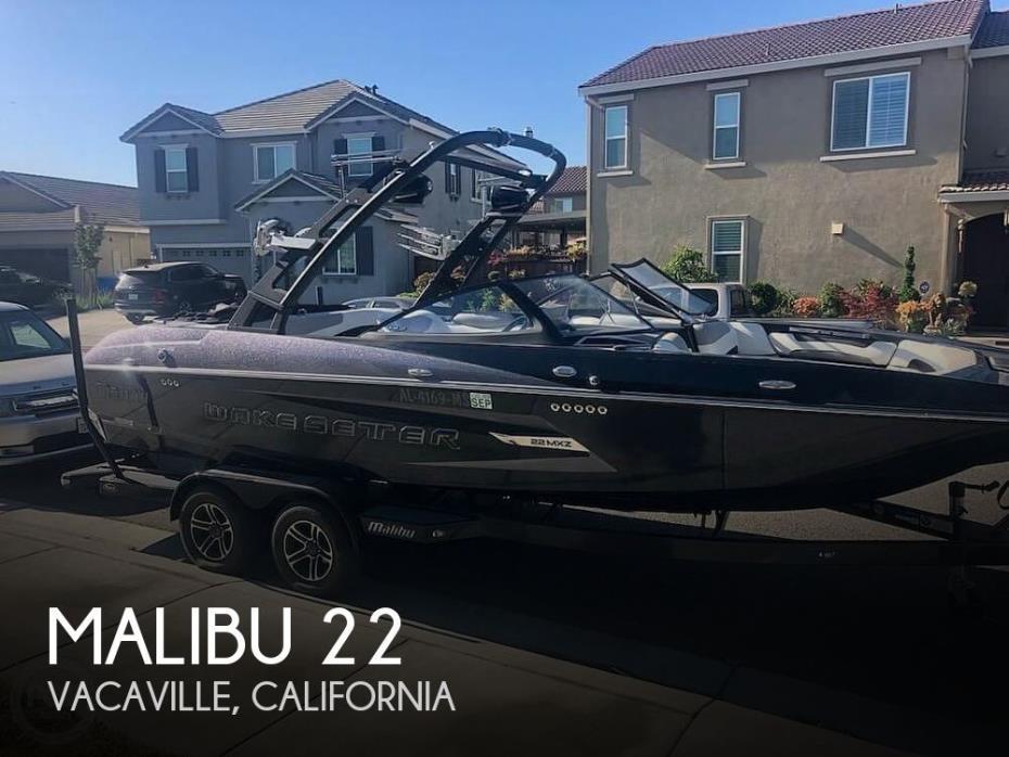 2015 Malibu 22 MXZ