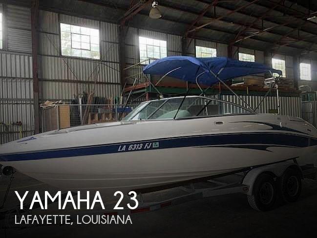 2004 Yamaha 23
