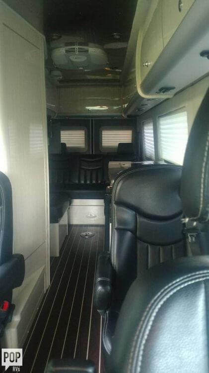 2014 Airstream Airstream Interstate Lounge, 17