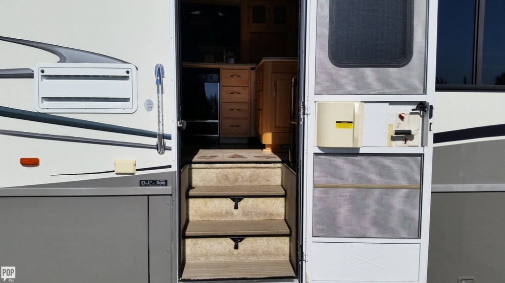 2003 Itasca Sunflyer 39T, 15