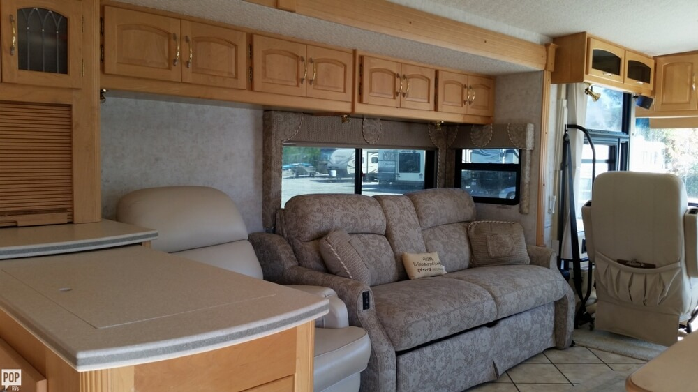 2003 Itasca Sunflyer 39T, 22