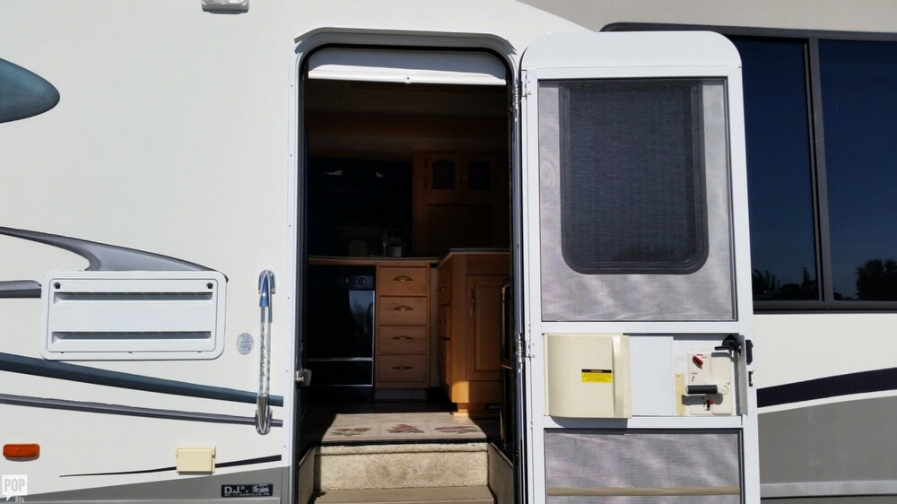 2003 Itasca Sunflyer 39T, 16