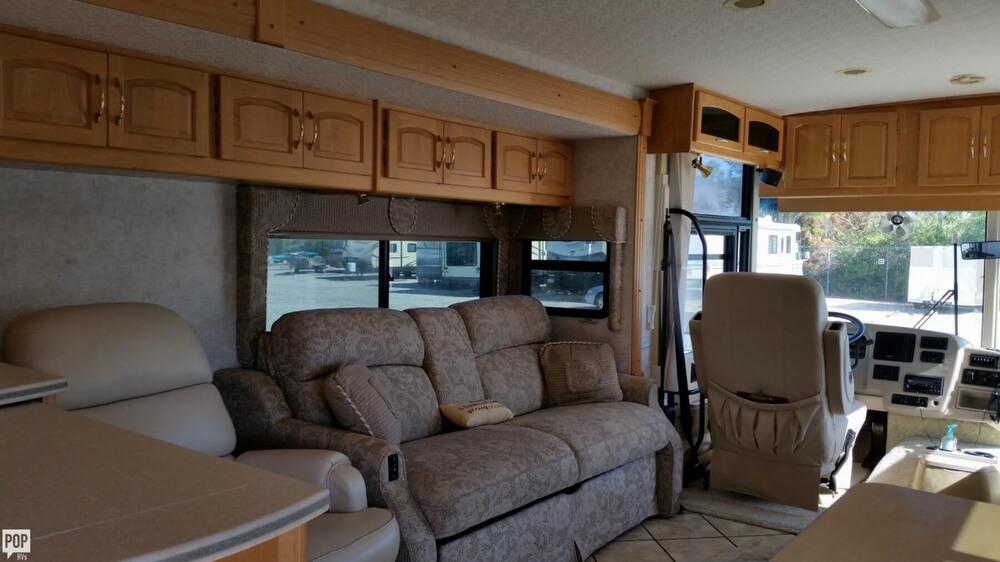2003 Itasca Sunflyer 39T, 19