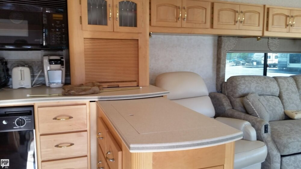 2003 Itasca Sunflyer 39T, 20