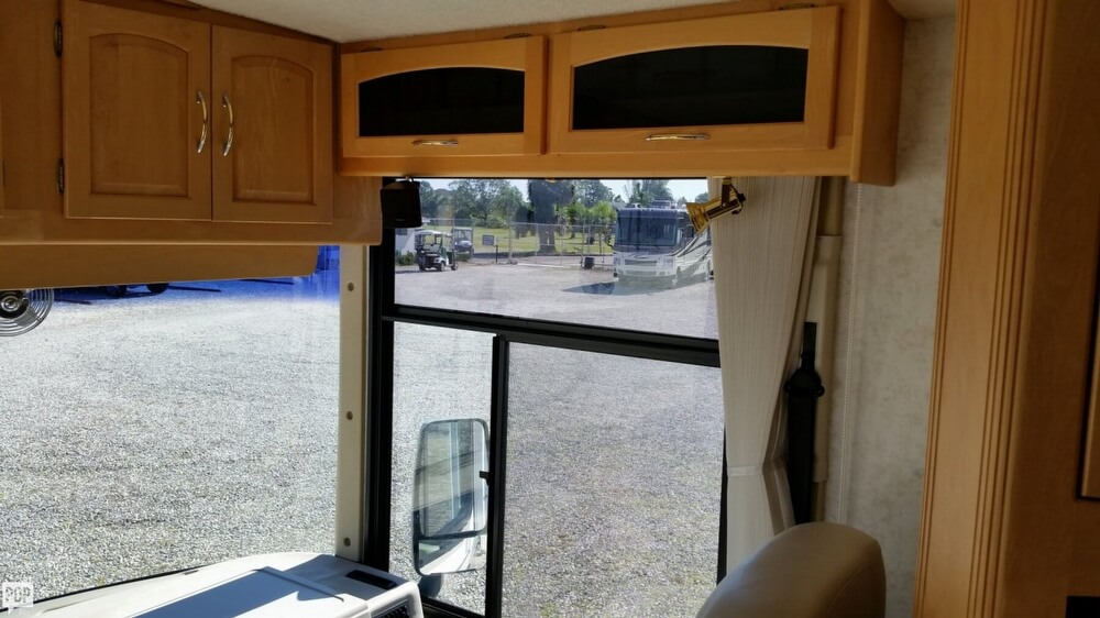 2003 Itasca Sunflyer 39T, 24