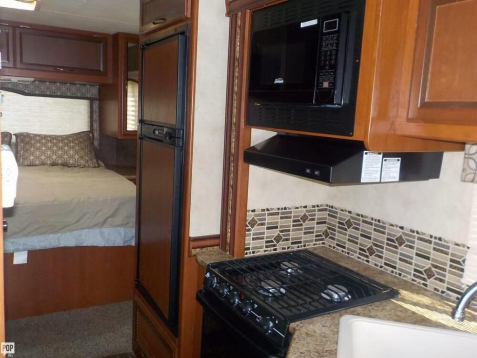 2013 Thor Motor Coach Four Winds 28Z, 11