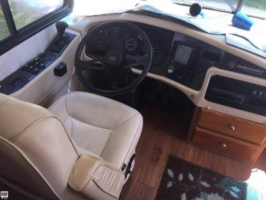 2000 Holiday Rambler Ambassador 37, 3