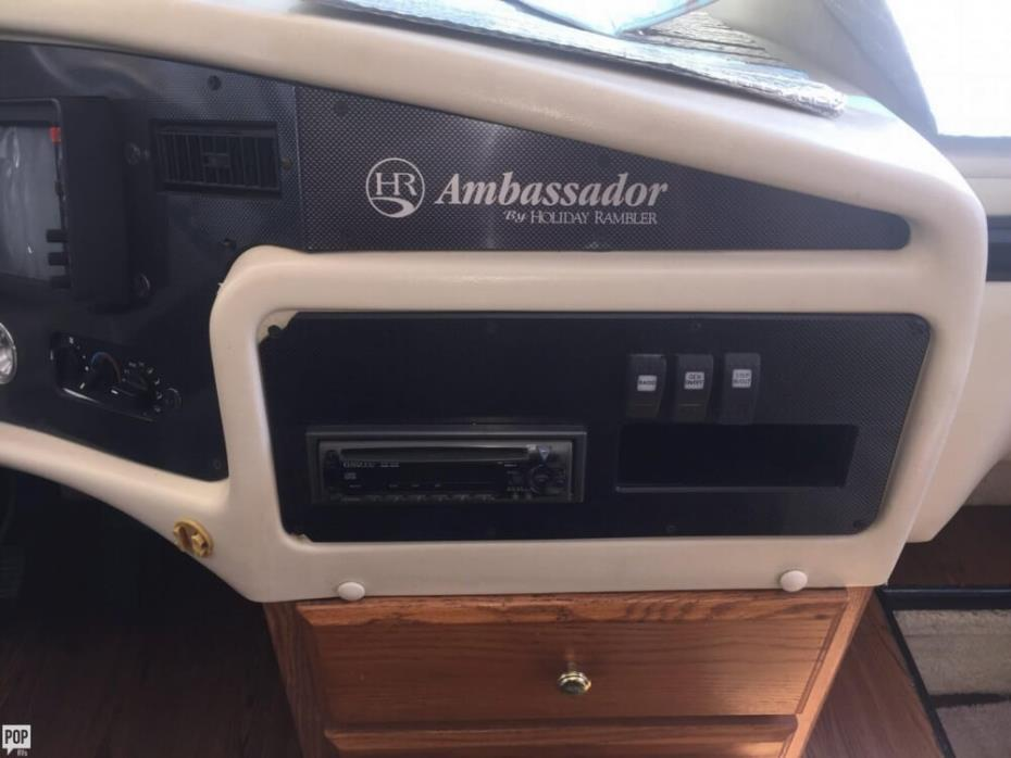 2000 Holiday Rambler Ambassador 37, 4