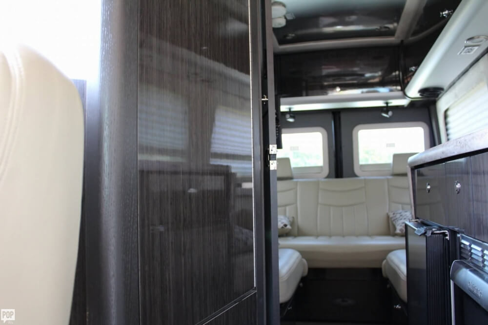 2013 Airstream Interstate 22, 9