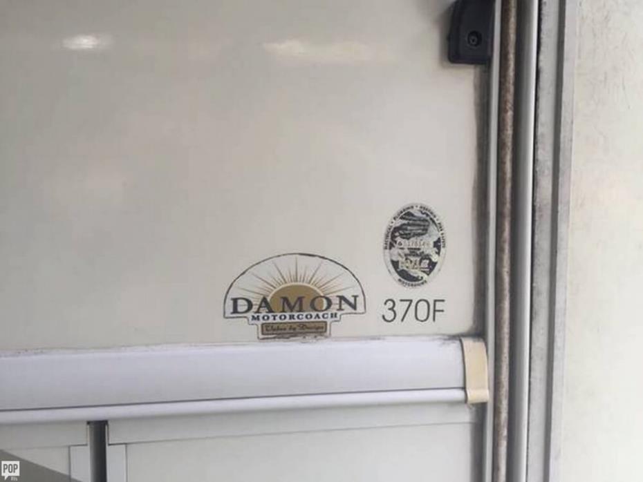 2006 Damon Challenger 370, 4