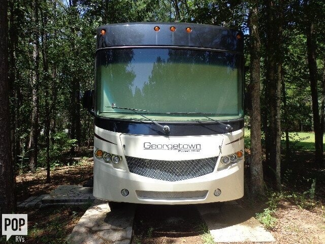2016 Forest River Georgetown 364TS, 3