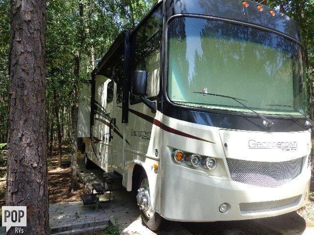 2016 Forest River Georgetown 364TS, 1