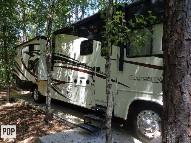 2016 Forest River Georgetown 364TS, 2