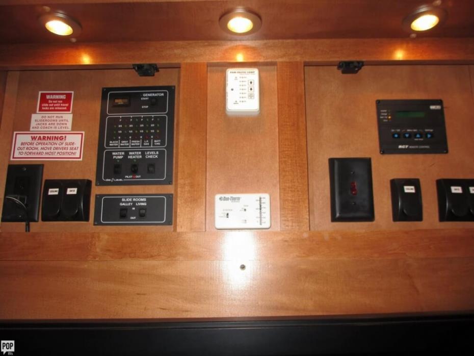 2009 Gulf Stream Crescendo 42 - C40K, 21
