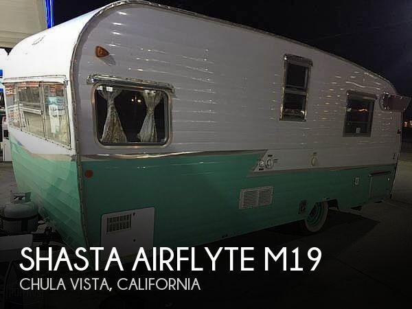 2015 Shasta Airflyte 19