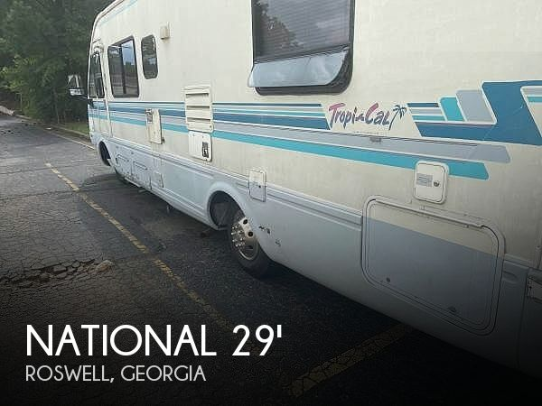 1993 National RV Tropical 290