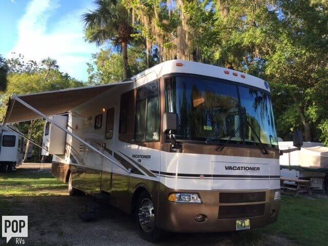 2002 Holiday Rambler Vacationer 36, 1