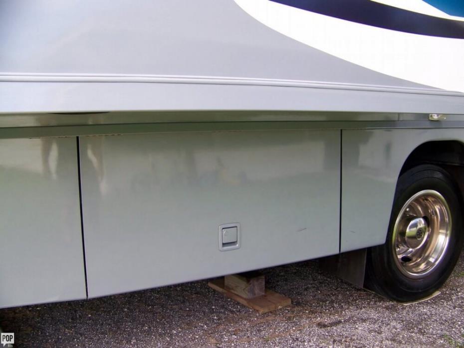 2004 Itasca Suncruiser 38R, 13