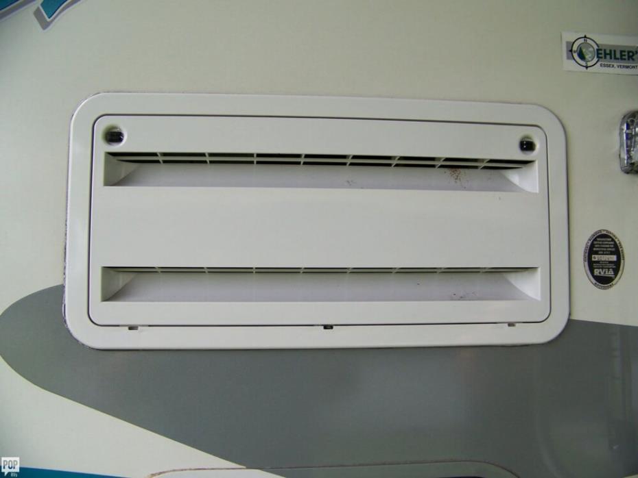 2004 Itasca Suncruiser 38R, 23