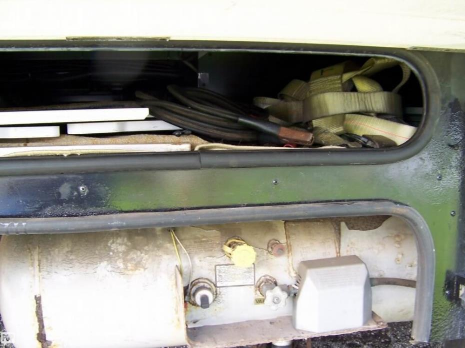 2004 Itasca Suncruiser 38R, 14