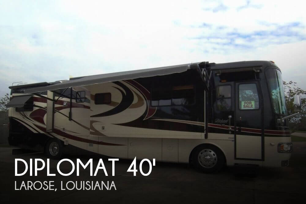 2008 Monaco Diplomat 40 PDQ King Bed Coach