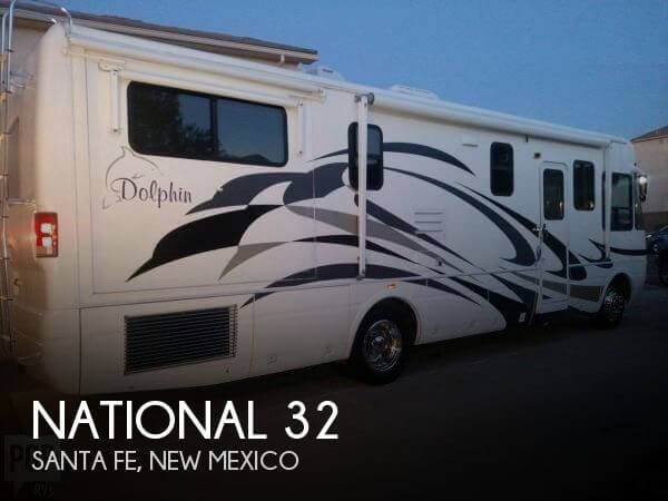 2005 National RV Dolphin 32