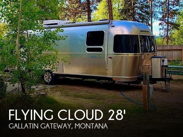 2018 Airstream Flying Cloud 27FB (QUEEN)