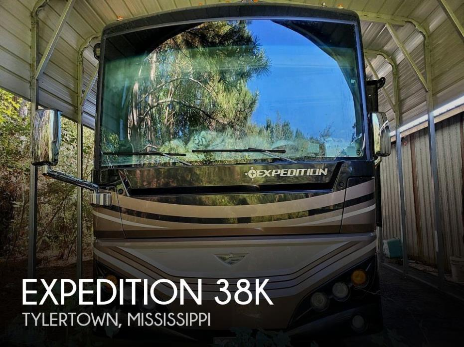 2016 Fleetwood Expedition 38K