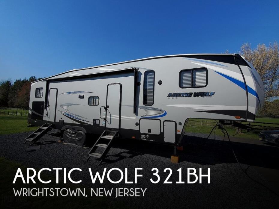 2020 Cherokee Arctic Wolf 321BH