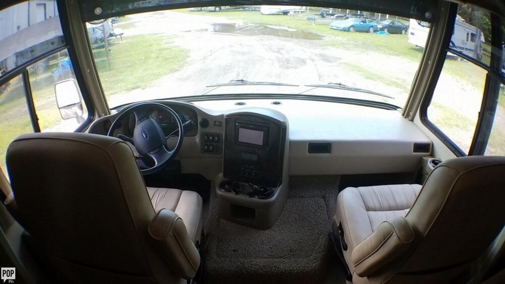 2011 Damon Challenger 37KT, 12