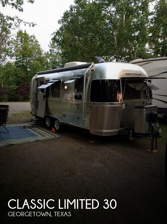 2016 Airstream Classic Limited 30