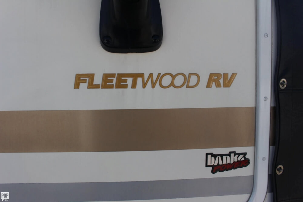 2000 Fleetwood Pace Arrow 33, 14