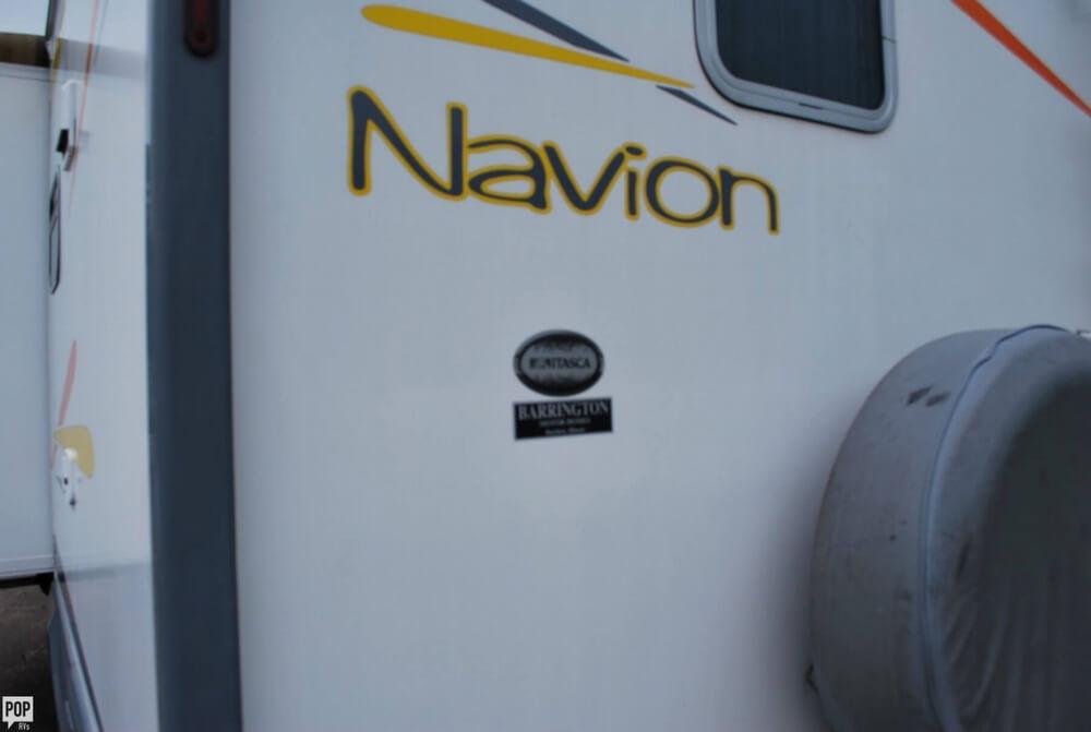 2006 Winnebago Navion 23 ID523H, 23