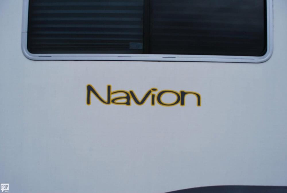 2006 Winnebago Navion 23 ID523H, 18