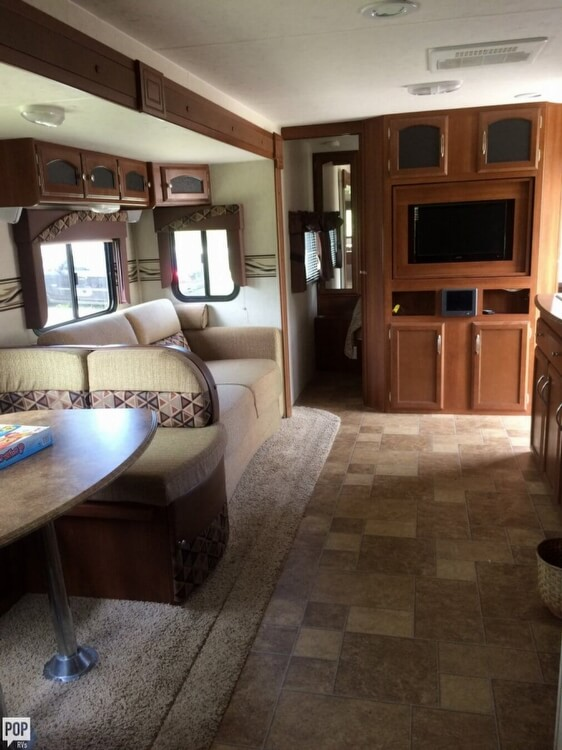 2013 Coachmen Freedom Express 29, 3