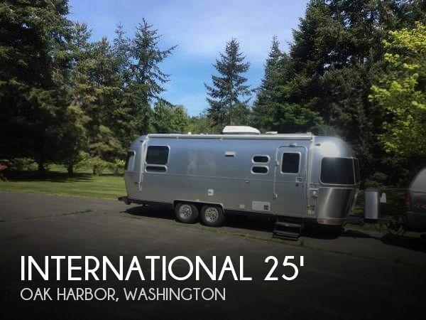 2012 Airstream International Serenity 25