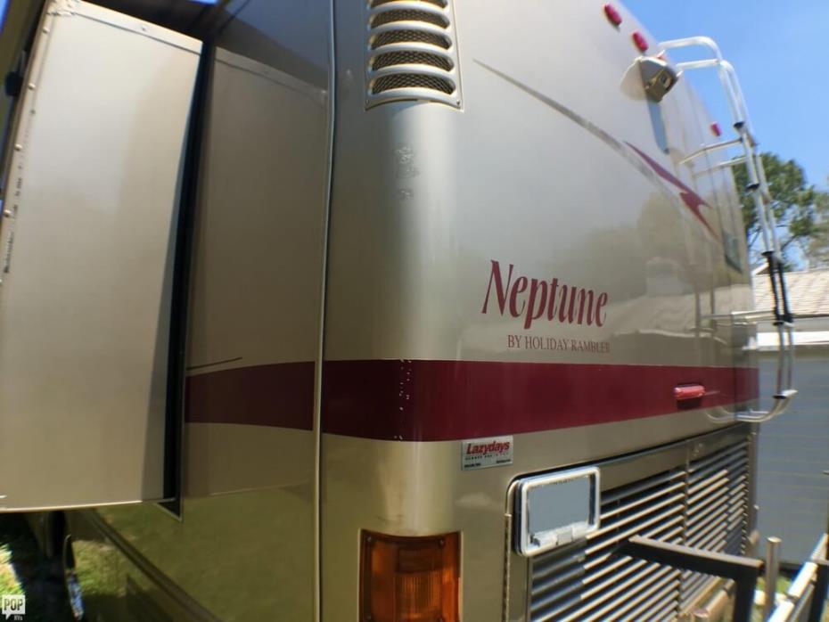 2005 Holiday Rambler Neptune 36, 8