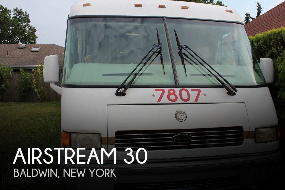 2003 Airstream Airstream 30 Land Yacht
