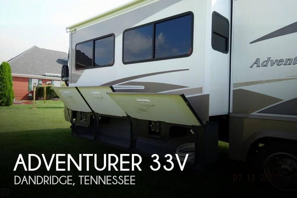 2005 Winnebago Adventurer 33V