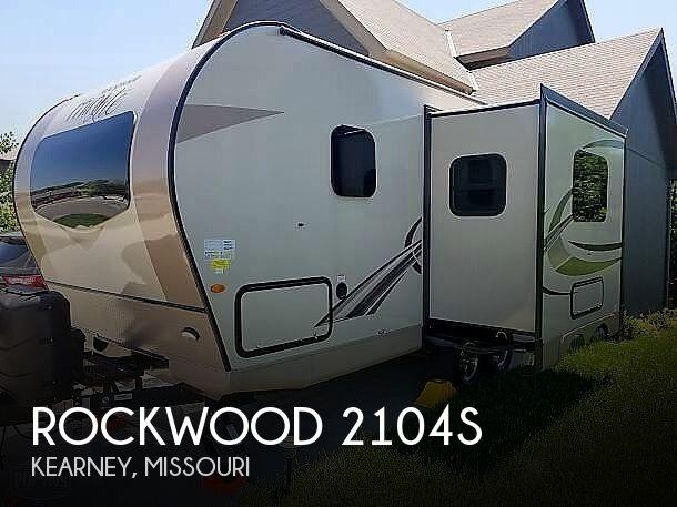 2018 Forest River Rockwood 2104s
