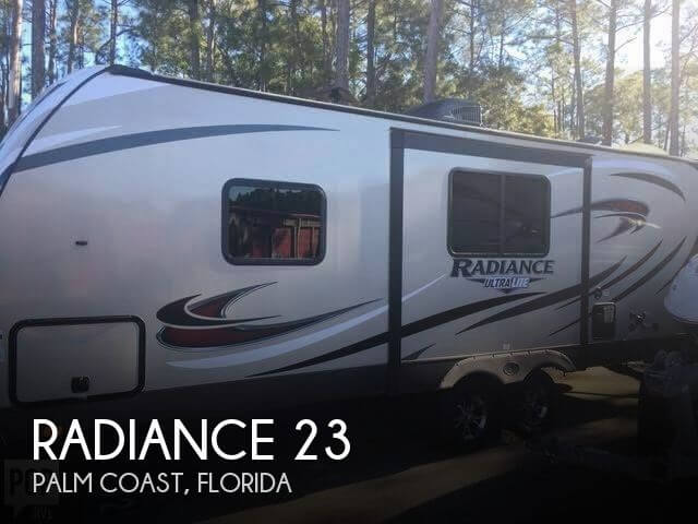 2018 Cruiser RV Radiance 23rb