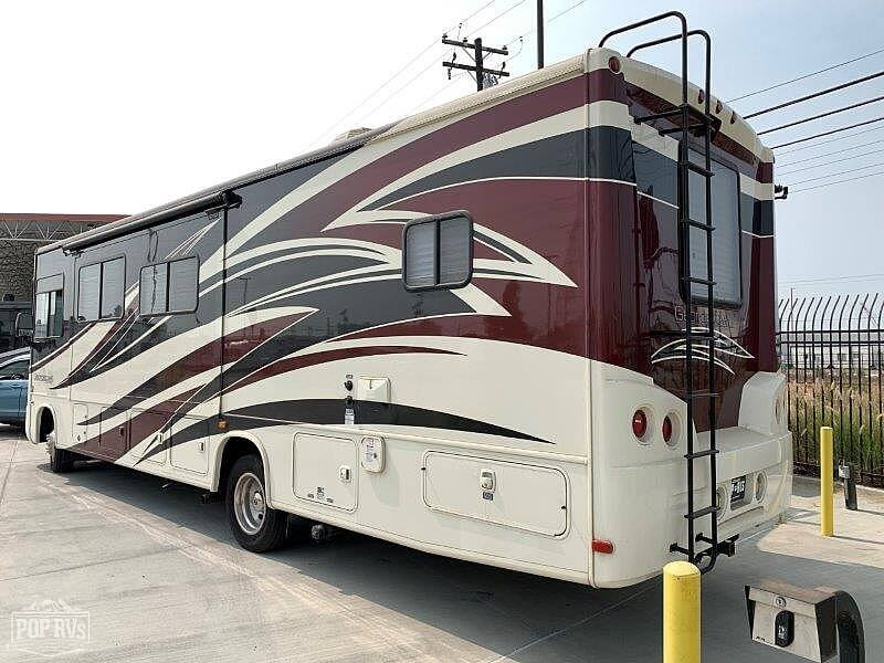 2013 Forest River Georgetown 329DS