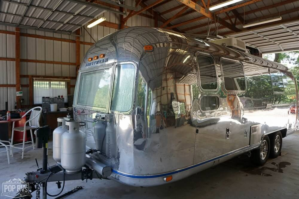1974 Airstream Land Yacht 25 Trade Wind