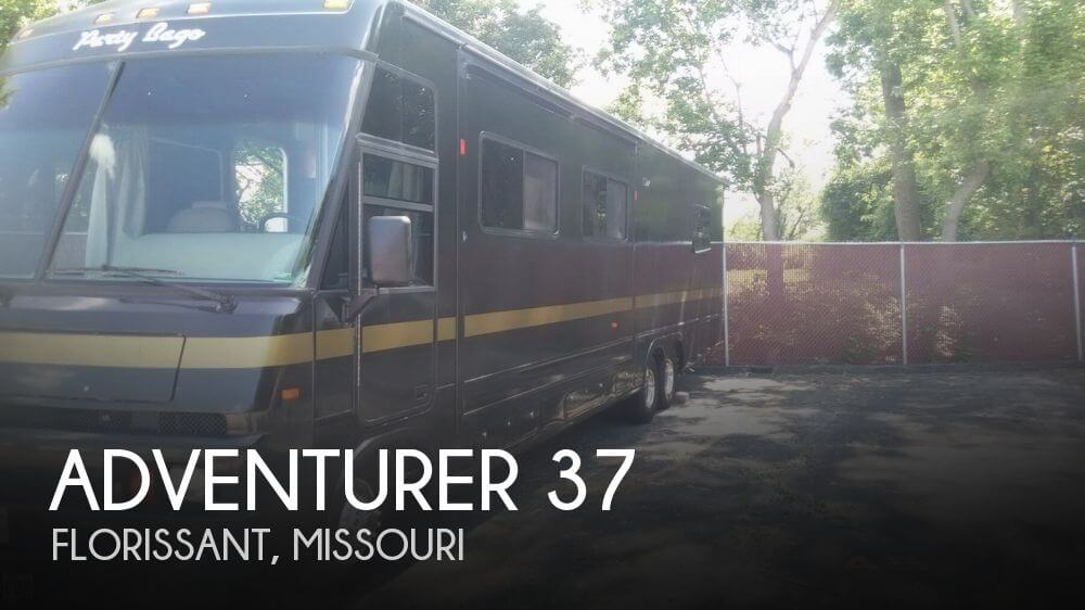 1996 Winnebago Adventurer 37
