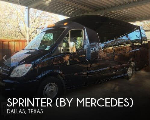 2013 Sprinter (by Mercedes) 30