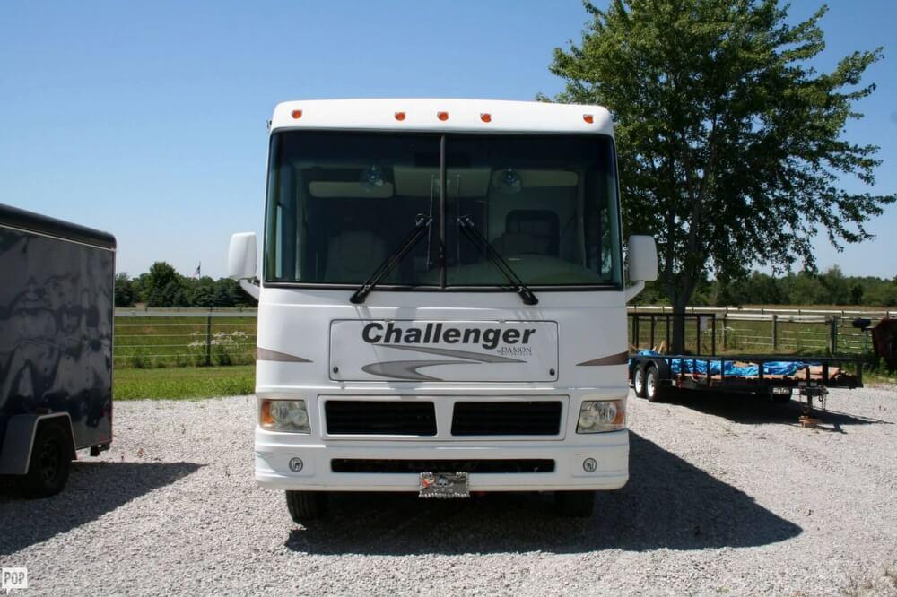 2007 Damon Challenger 37, 1