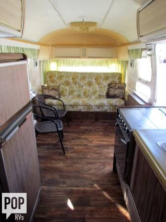 1976 Airstream Sovereign 31 D-CB