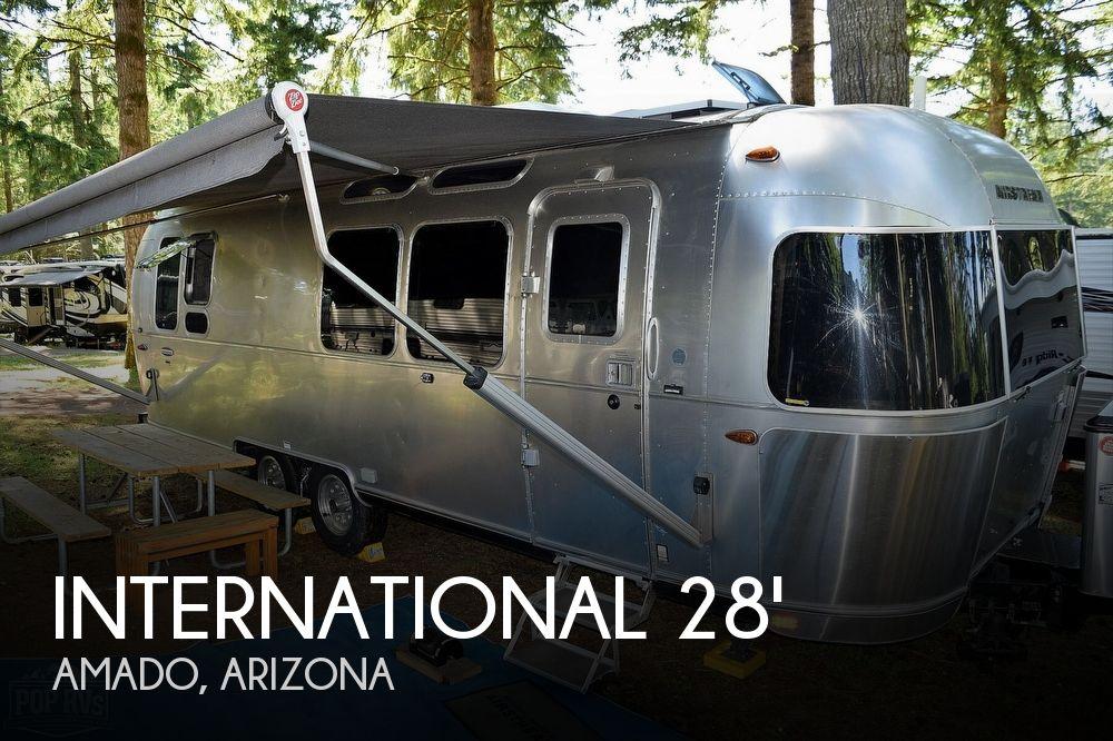 2017 Airstream International Signature 28